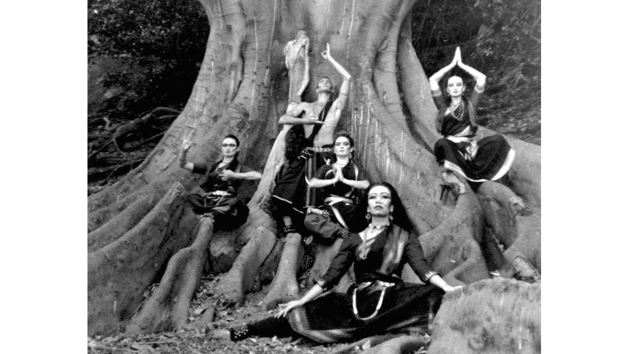 Kali Digambar, Kalika Dance Company image by Ashley De Prazer, 1995
